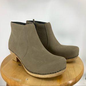 Dansko maria block heel ankle boot